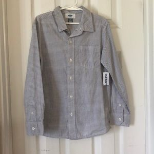 New with tags boys button up size S (6-7)